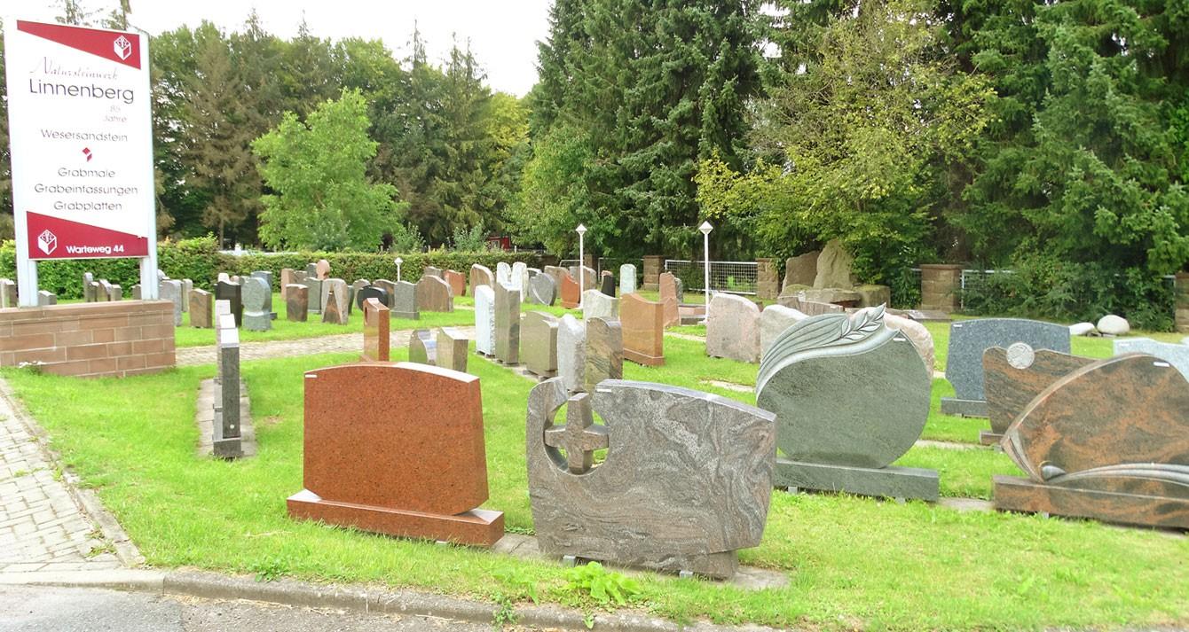 Besuchen Sie unsere Grabmalausstellung in Stadtoldendorf.